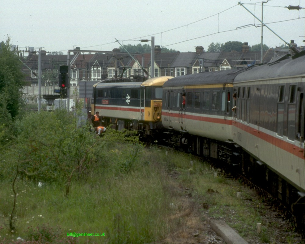 Loco 87025 is added for the run north over the WCML