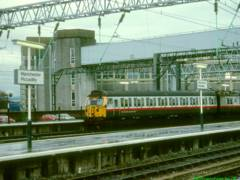 305511 at Manchester Piccadilly in 1997, working local services in GMPTE livery